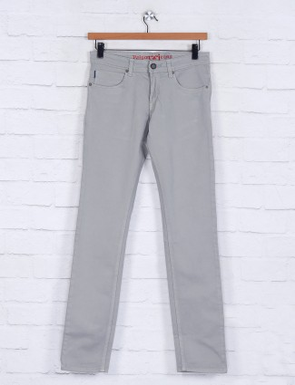 Poison cream solid slim fit jeans