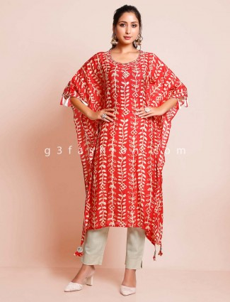 Red printed cotton kurti for casual look
