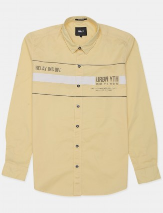 Relay yellow shade shirt for men in slim-fit style