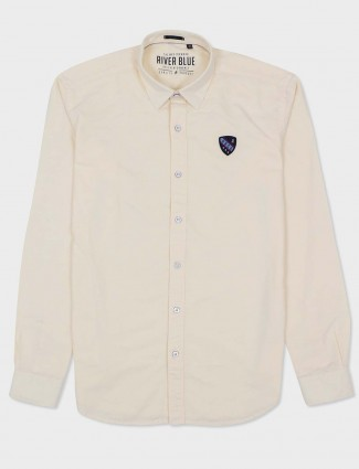 River Blue cream solid slim fit shirt