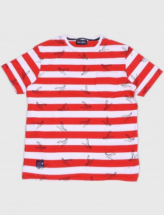 River Blue white and red t-shirt
