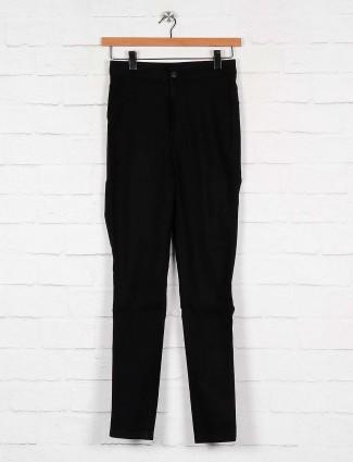 Solid black denim jeans for women