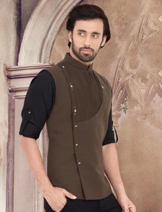 Solid olive cotton pleats style waistcoat