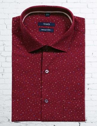 TAG maroon printed slim fit shirt