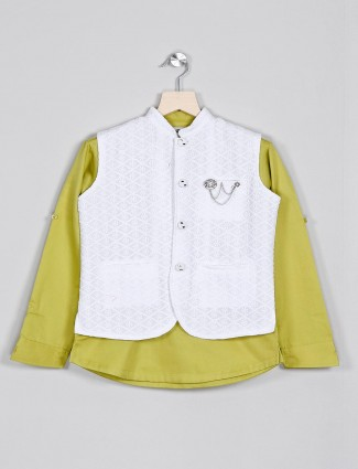 White and green chinese neck waistcoat