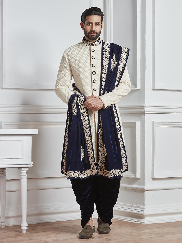 Off white groom indo western?imgeng=w_400