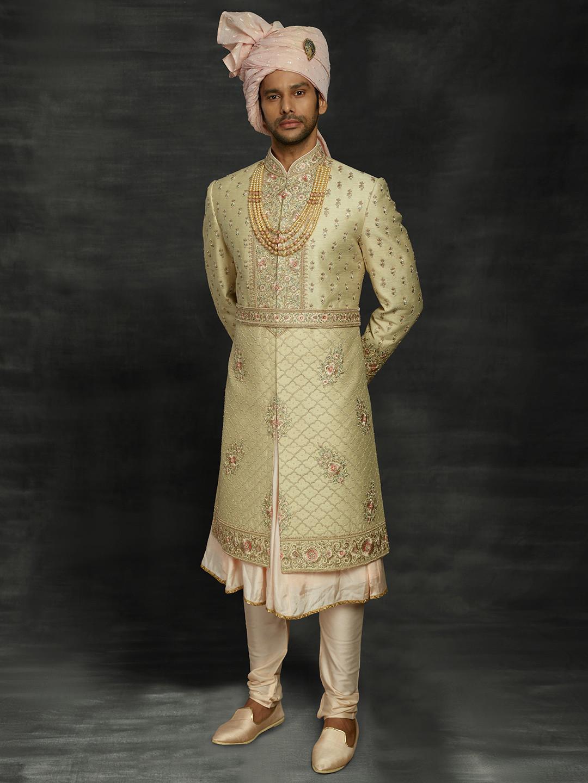 Gold silk wedding mens sherwani?imgeng=w_400