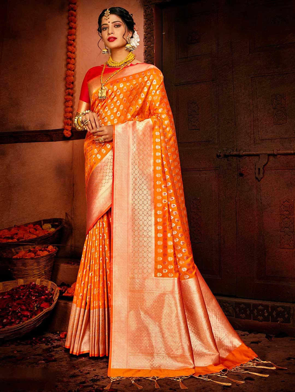Orange colour banarasi wedding saree?imgeng=w_400