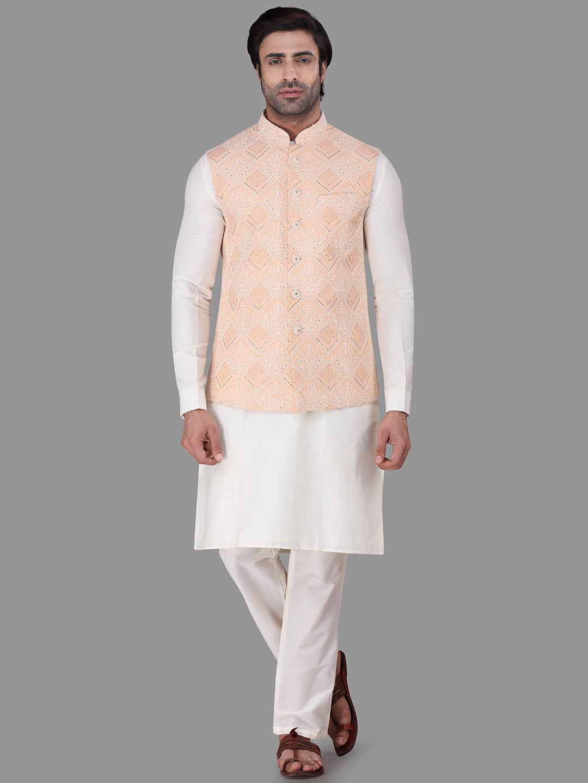 Peach and white chikan cotton silk waistcoat set?imgeng=w_400