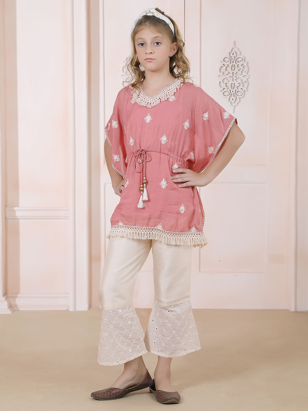 Pink hue indo western style pant suit?imgeng=w_400