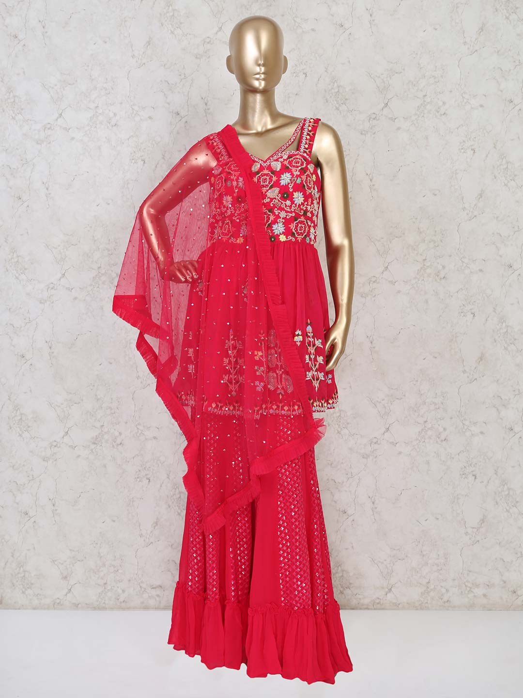 Pink sharara suit for party events?imgeng=w_400