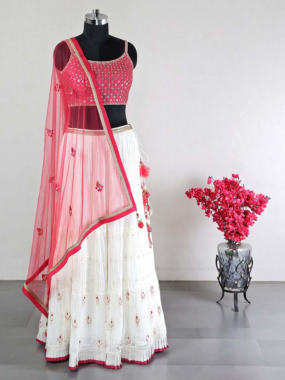 Pink wedding wear lehenga in silk?imgeng=w_400