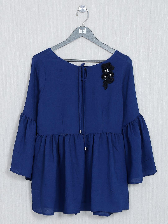 Plain blue casual wear top for women?imgeng=w_400