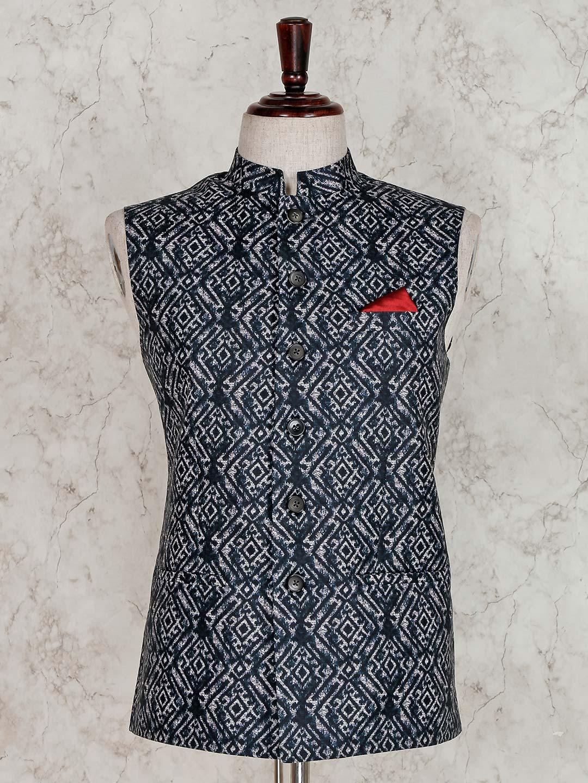 Printed black terry rayon waistcoat?imgeng=w_400