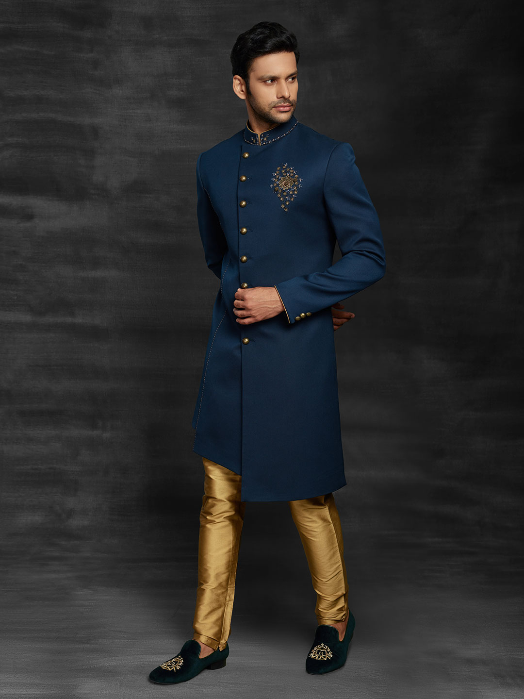 Royal blue indo western for wedding function?imgeng=w_400