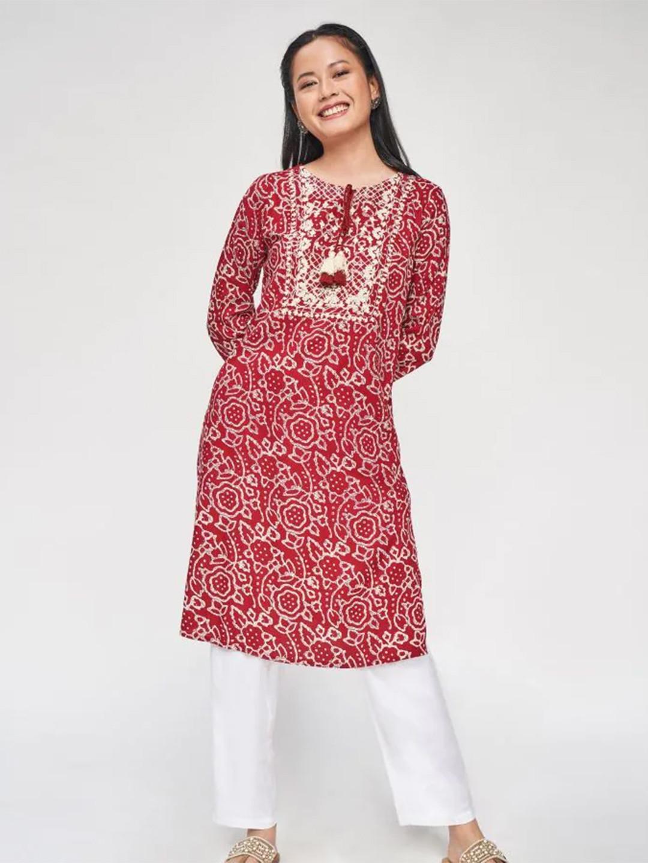 Red festive wear kurti for women?imgeng=w_400