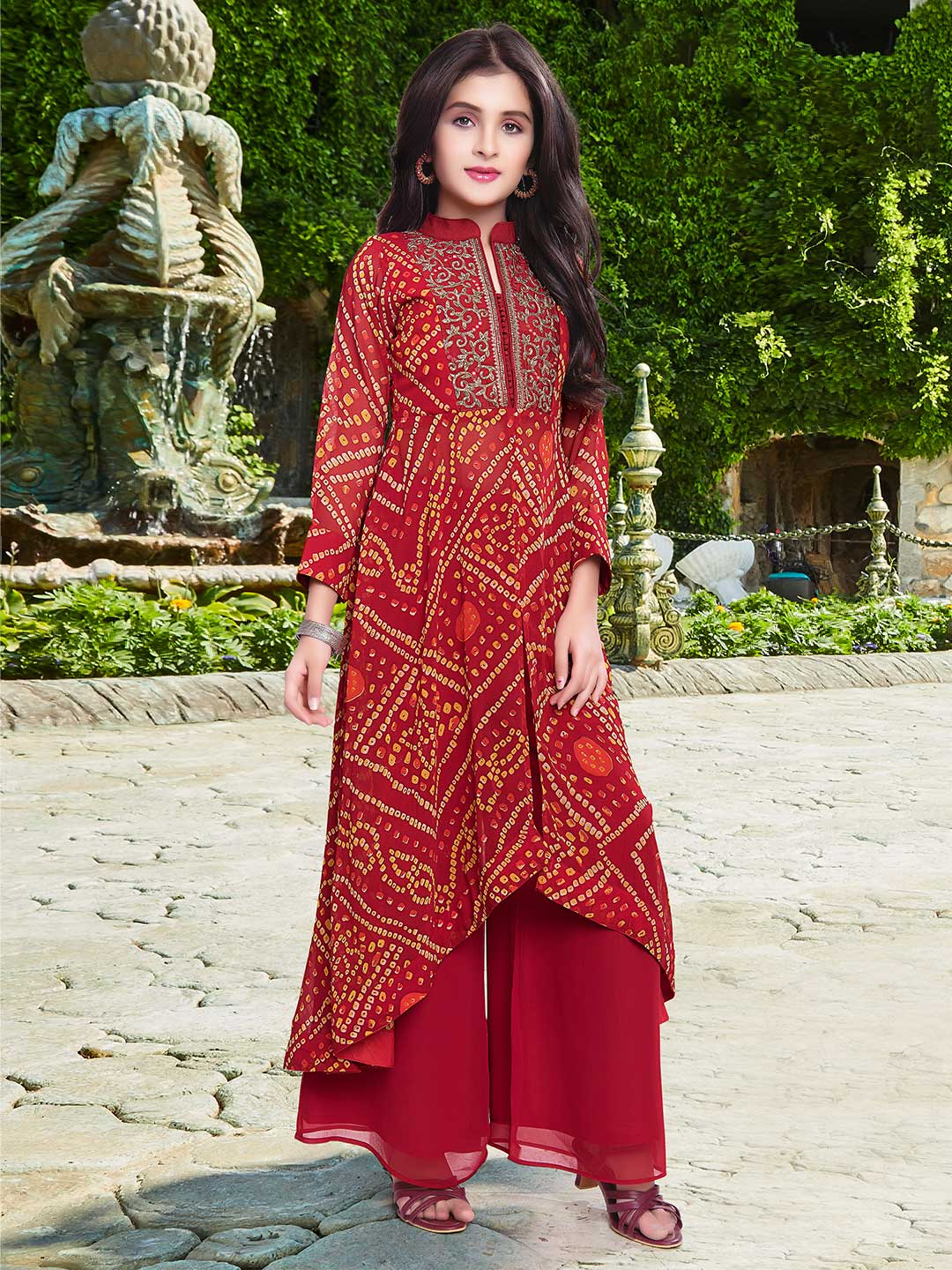 Red palazzo suit for girls in georgette?imgeng=w_400