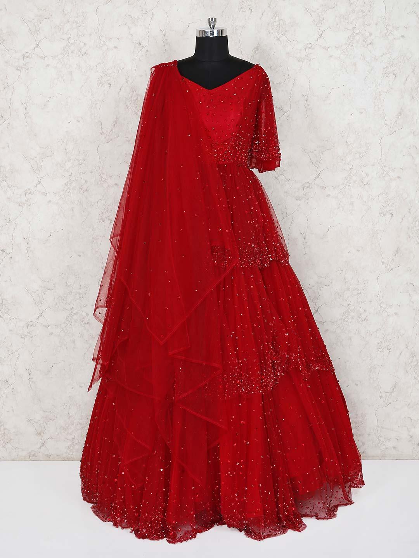 Red wedding wear designer net gown?imgeng=w_400
