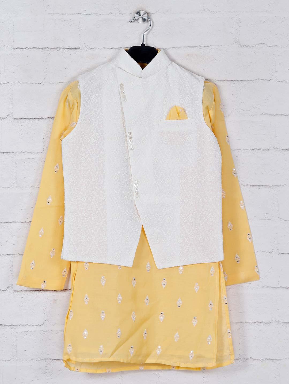 Stand collar white and yellow waistcoat set?imgeng=w_400