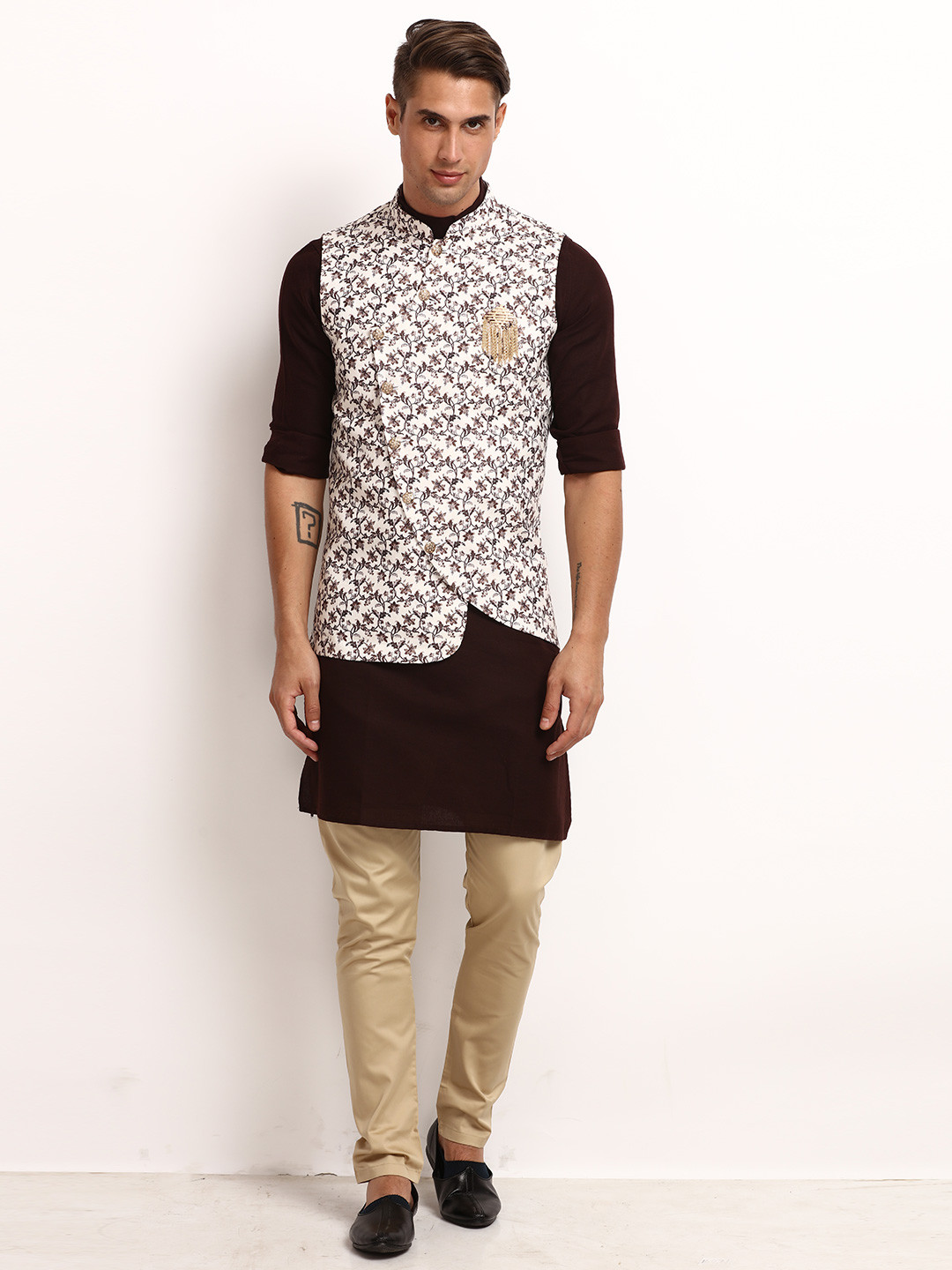 Waistcoat and churidar set in printed brown for party?imgeng=w_400