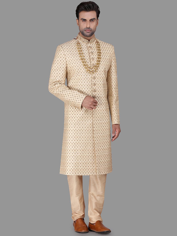 Wedding wear gold sherwani in raw silk?imgeng=w_400