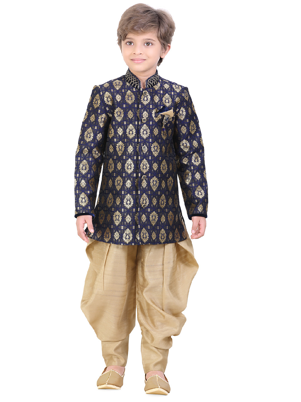 Wedding wear navy silk indo western?imgeng=w_400