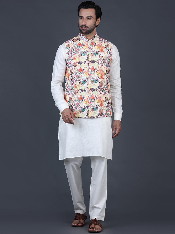 Yellow and beige cotton silk mens waistcoat set?imgeng=w_400