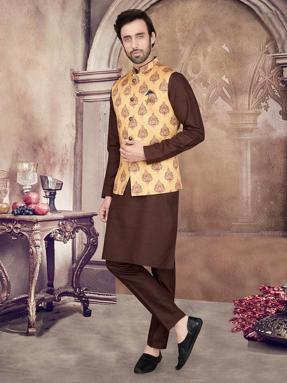 Yellow and brown printed mens waistcoat set?imgeng=w_400