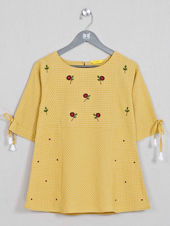 Yellow casual top for women?imgeng=w_400