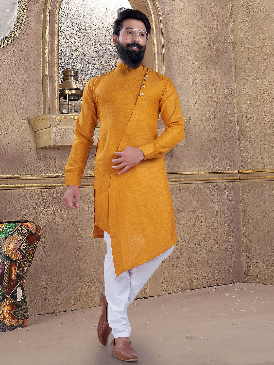 Yellow color kurta suit for mens?imgeng=w_400