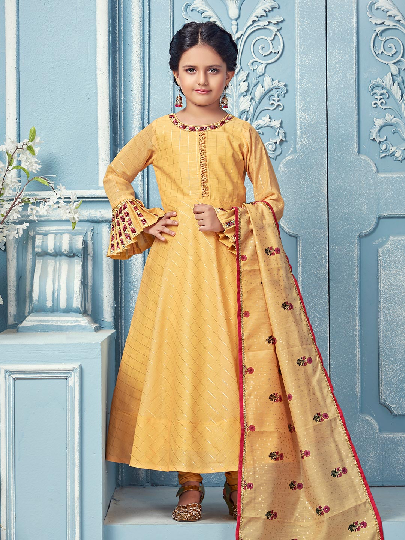 Yellow hue checks pattern anarkali suit?imgeng=w_400