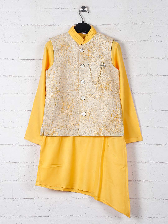 Yellow printed cotton silk boys waistcoat set?imgeng=w_400