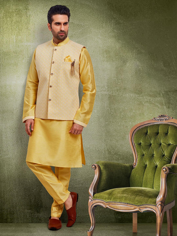 Yellow raw silk mens waistcoat set?imgeng=w_400