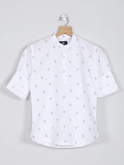 Blazo white printed boys casual wear shirt