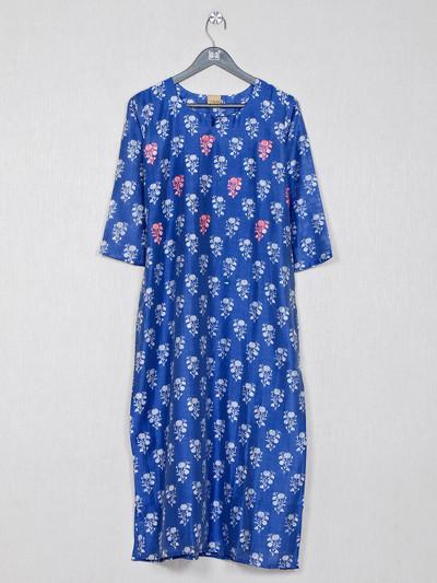 Blue printed cotton kurti for causal wear
