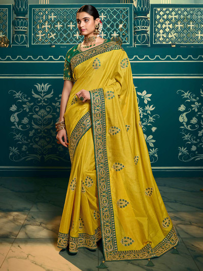 Comely yellow silk saree for weding