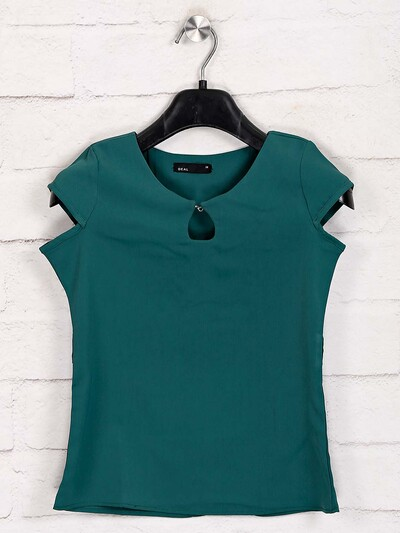 Deal cotton green solid top