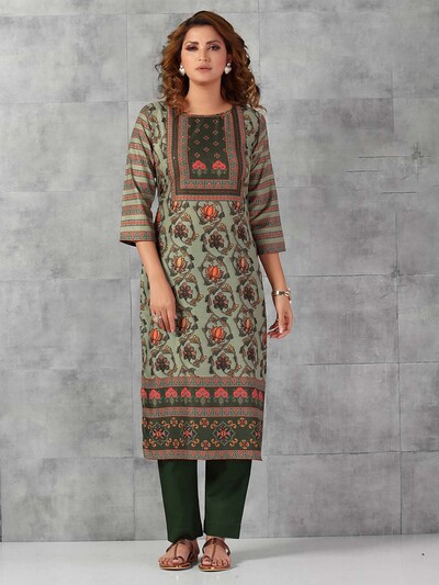 Green cotton pant suit for casual session