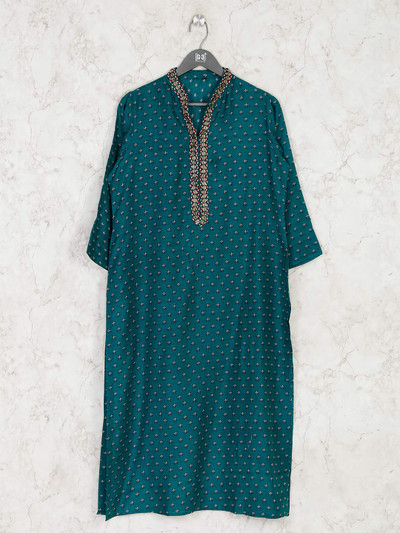 Green printed cotton straight kurti for casual look