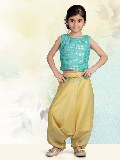 Cotton silk dhoti suit in green