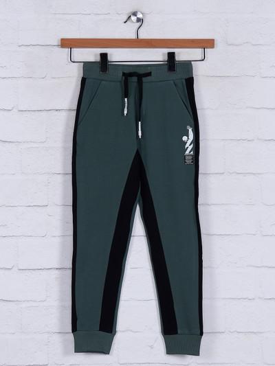 Jappkids presented solid green payjama