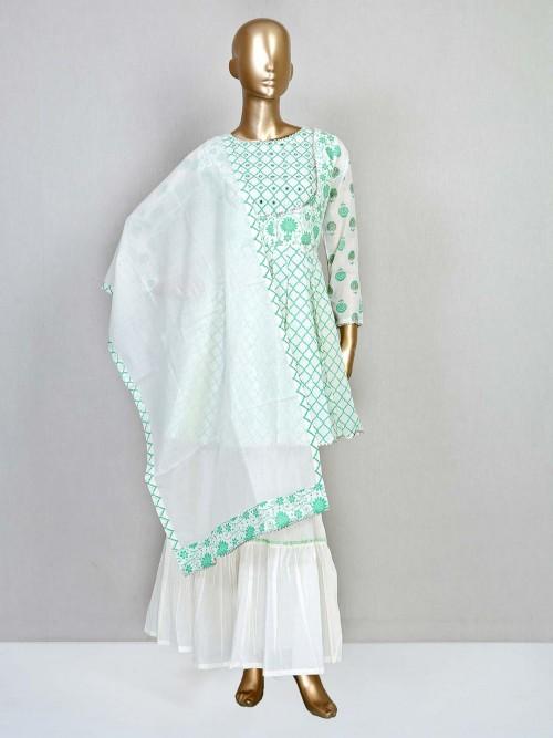 Green Cotton Wedding Wear Womens Salwar Kameez
