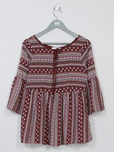 Maroon printed style casual top for women