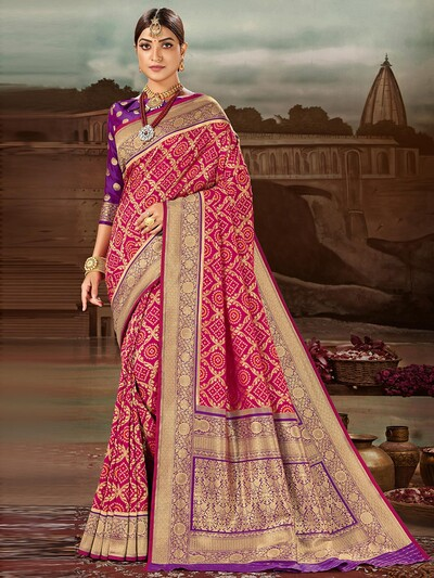 Marvellous magenta banarasi silk wedding session saree