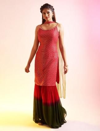 Absorbing magenta punjabi style salwar kameez for festive occasions