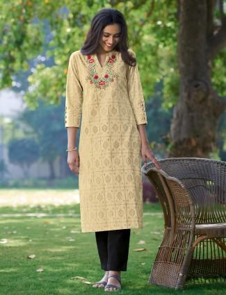 Alluring beige printed cotton women kurti