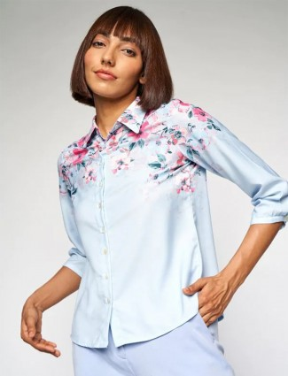 AND sky blue hue printed top for casual style