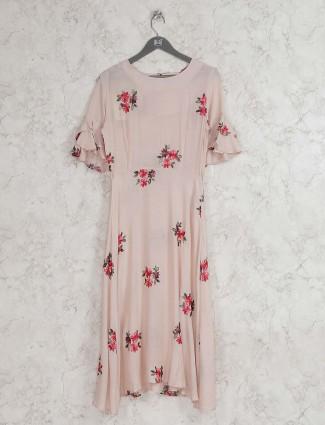 Beige hue cotton fabric round neck kurti