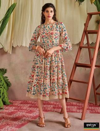Beige printed casual kurti in cotton