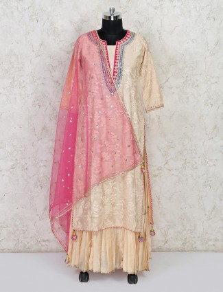 Beige thread inflated cotton suit for festive